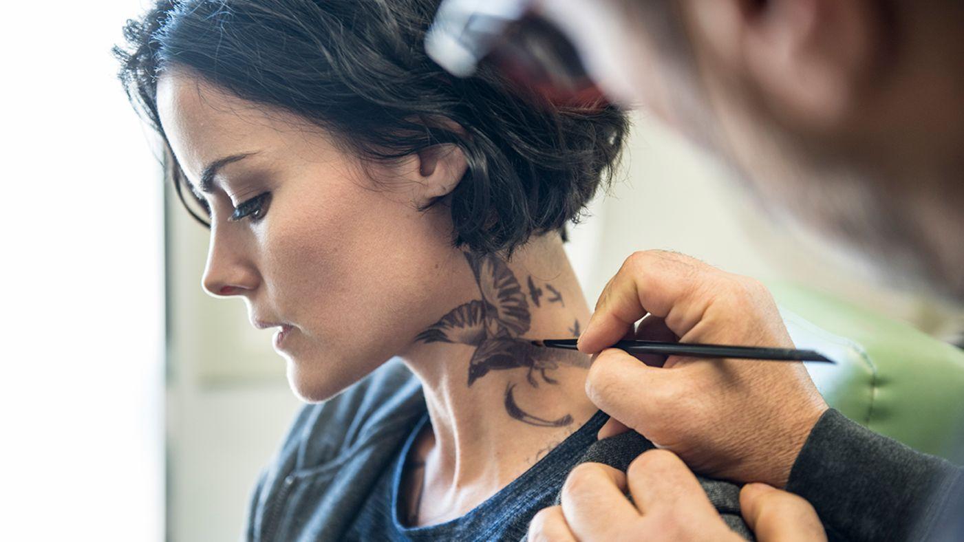 42612bdbea478 neck tattoo from blind spot - Google Search   Tattoos   Tattoos ...