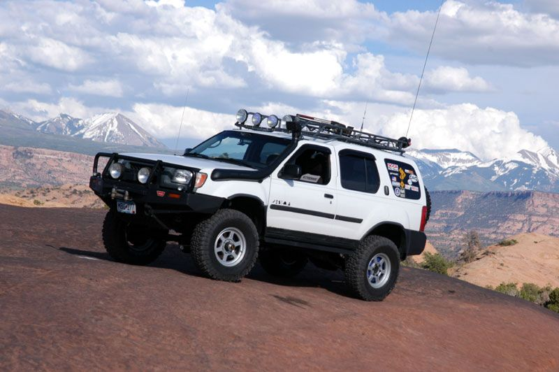 Pic Of Nice 1st Gen Xterra Ready For Expedition Travel Expedition Portal Nissan Xterra Tactical Truck Nissan Pathfinder