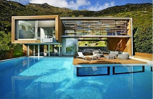 This Building Is Crazy: House With Underwater Rooms | Crazy Homes ...
