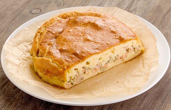 Картинки по запросу пирог с консервированной сайрой заливной