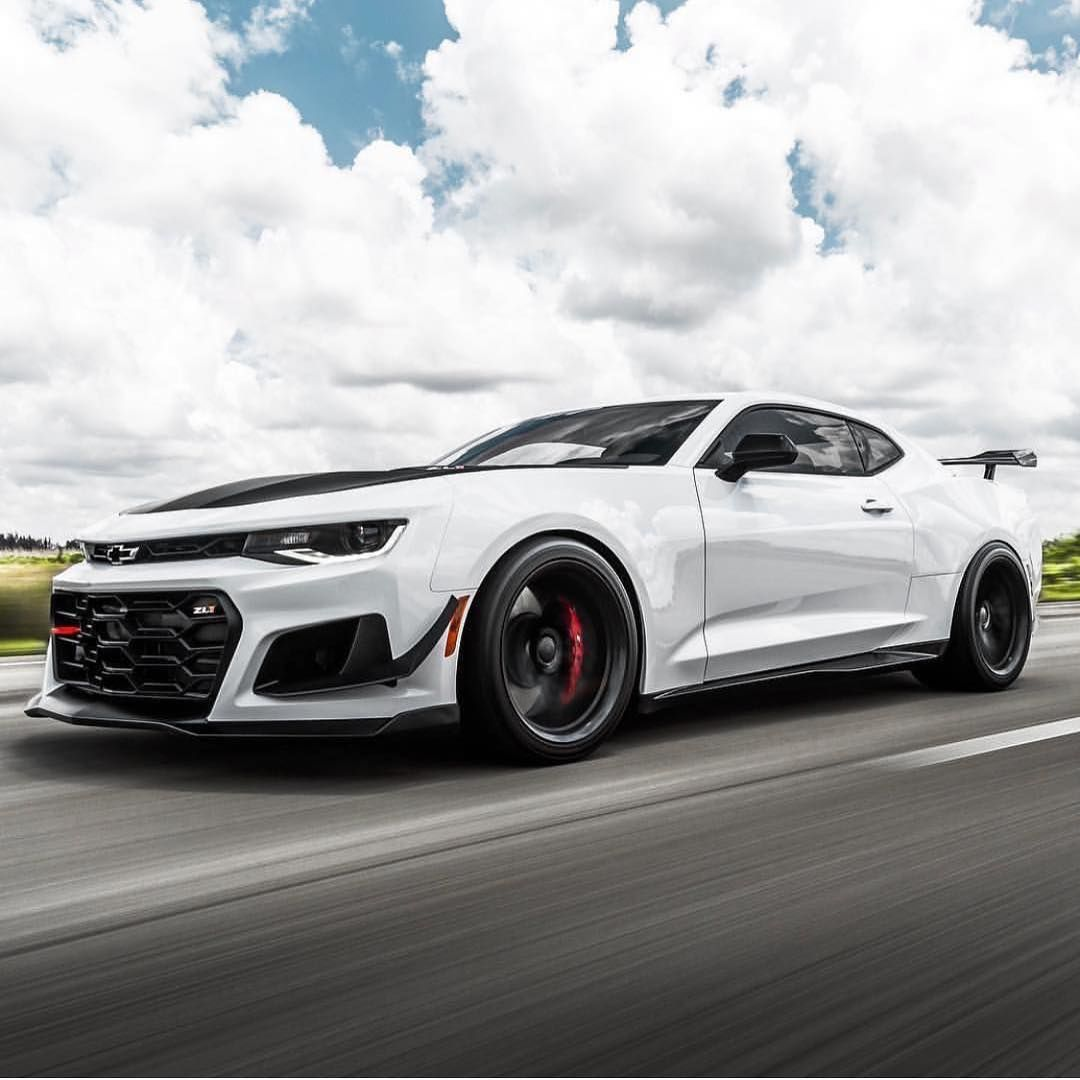 Pick Your Muscle 1 Camaro Zl1 1le 2 Mustang 350 3 Charger Hellcat 4 Challenger Hellcat Camaro Zl1 Super Cars Camaro