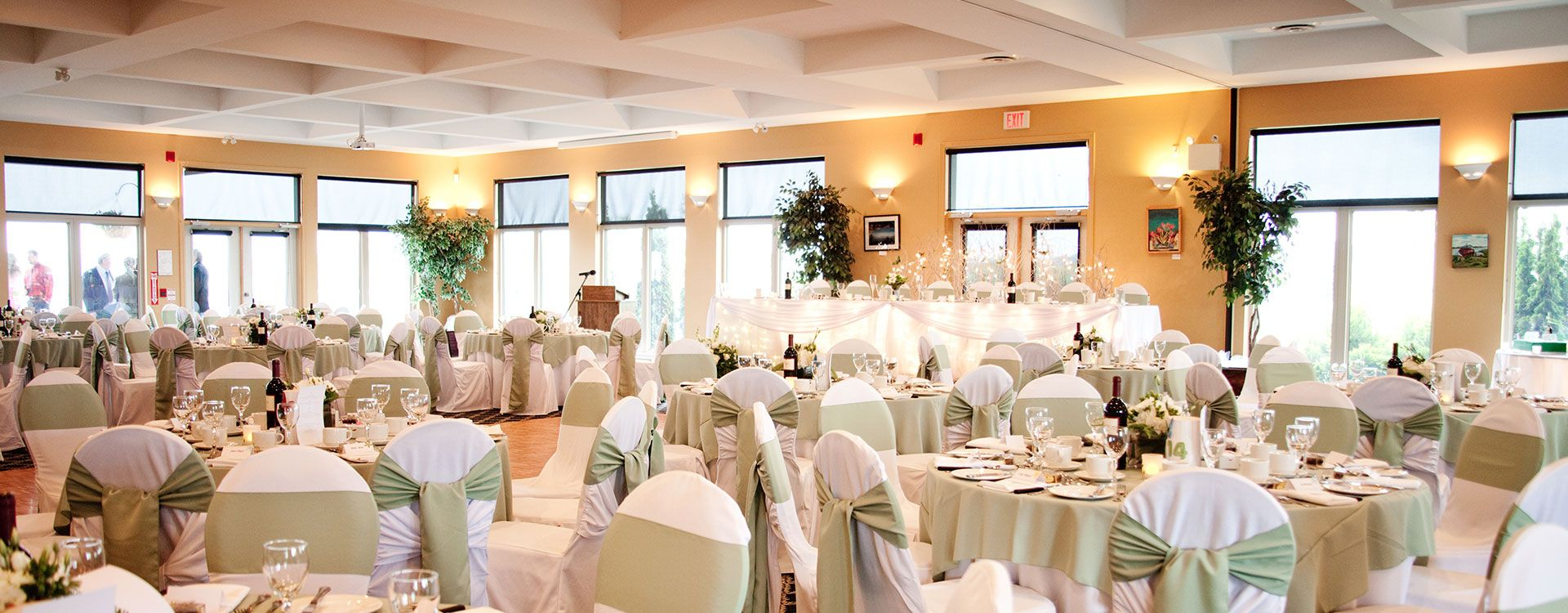 Get Married At Tangle Creek Golf Country In Barrie