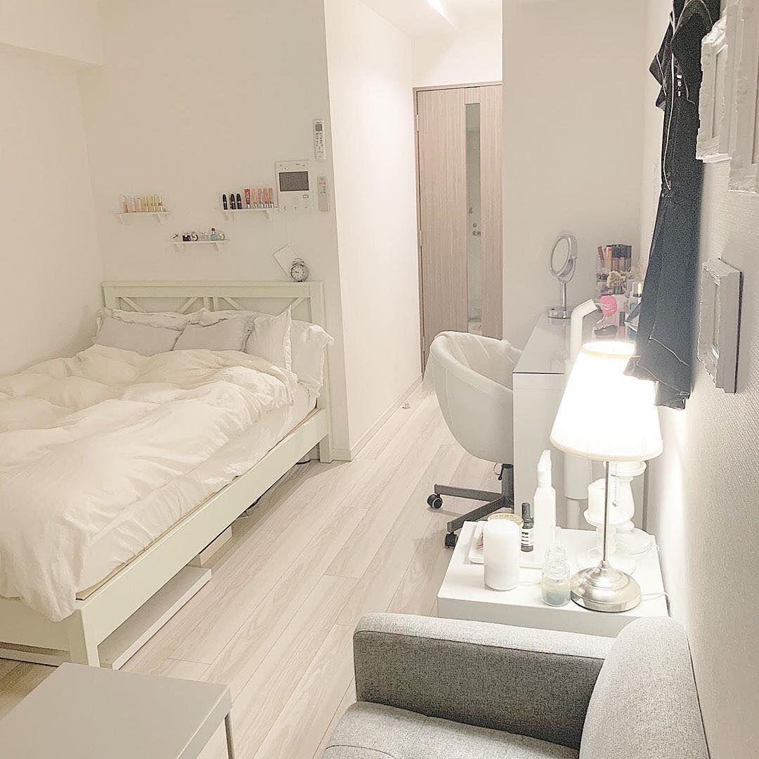 ホワイトで統一した素敵なお部屋 まるでおしゃれなホテルのような雰囲気 毎日の疲れを癒せること間違いなしです Photo By Misora Blog Sucle Lifestyle では紹介する写真を募集中 部屋 寝室インテリアのアイデア インテリアデザイン