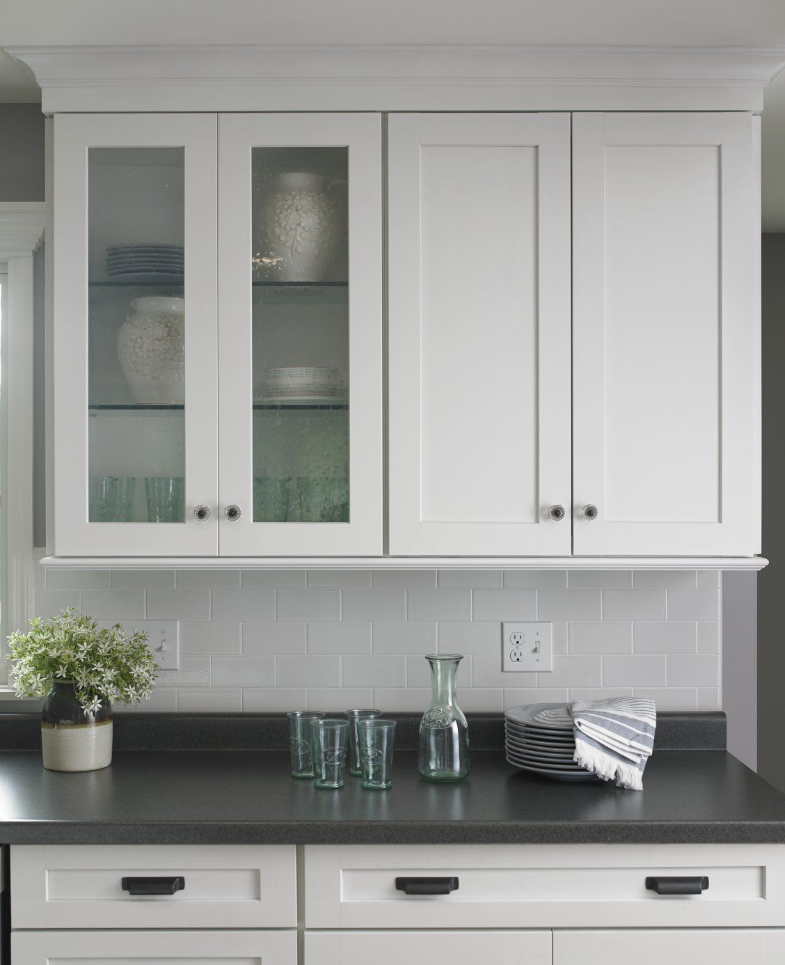 Refinishing Laminate Kitchen Cabinets: Black Shalestone Countertop