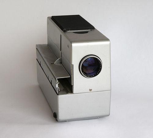 Braun D 45 slide projector by Dieter Rams and Robert Oberheim, 1965