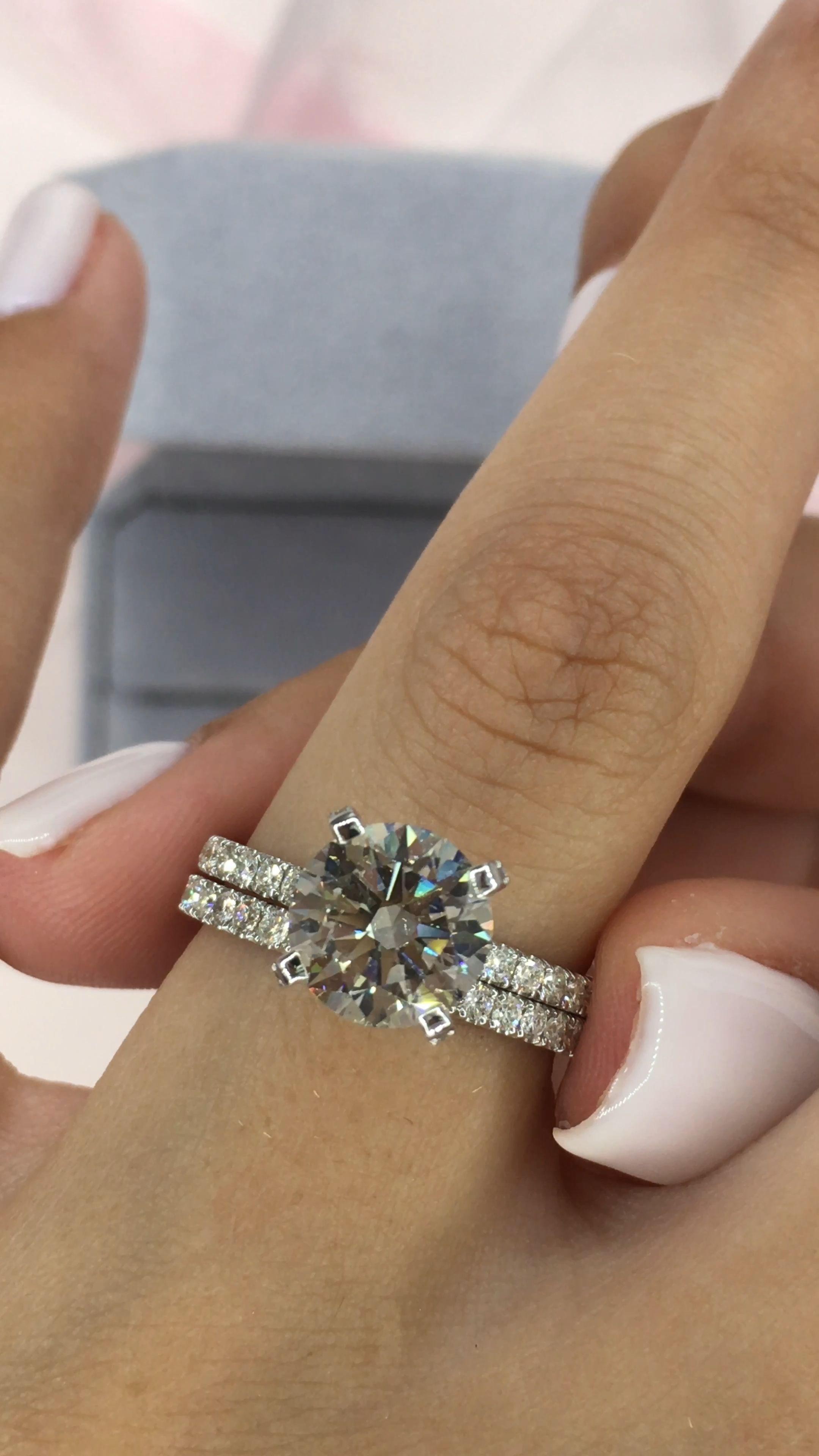 Diamond Engagement Ring 1 30 Carat Diamond Engagement Ring White Gold Ring Engagement In 2020 Big Wedding Rings Wedding Rings Engagement Dream Wedding Ring
