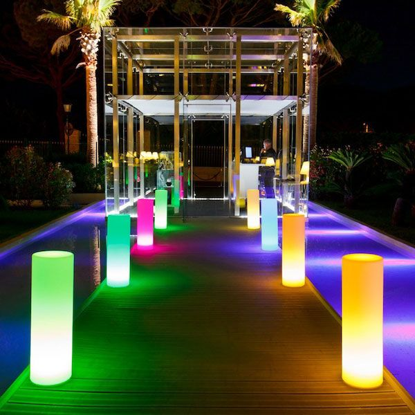 Tower led outdoor indoor lamp