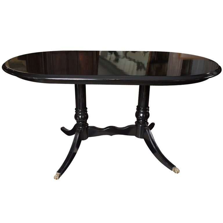 Black Lacquer Dining Room Table: Black Lacquered Oval Dining Table
