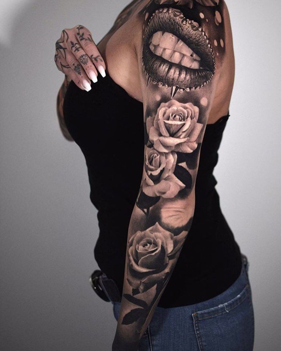 Frau ganzer arm tattoo Tattoo Ideen