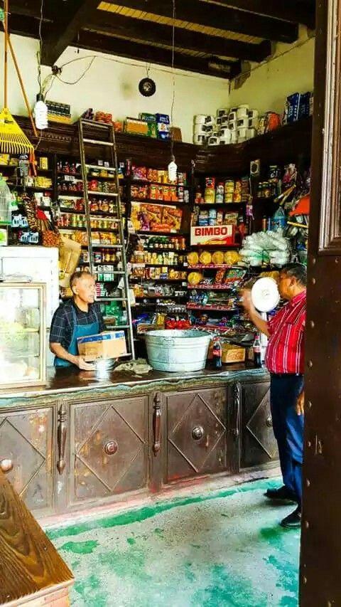 Tienda tradicional de Nariño Mich.