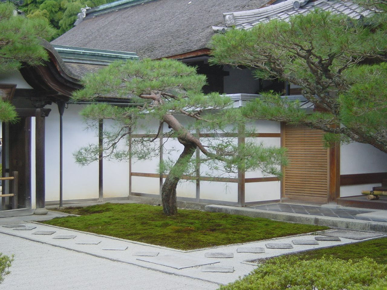 Small Zen Type House Design more picture Small Zen Type House Design on small modern contemporary homes, not so big house, small concrete house, small bungalow house plans, kinds of modern house,