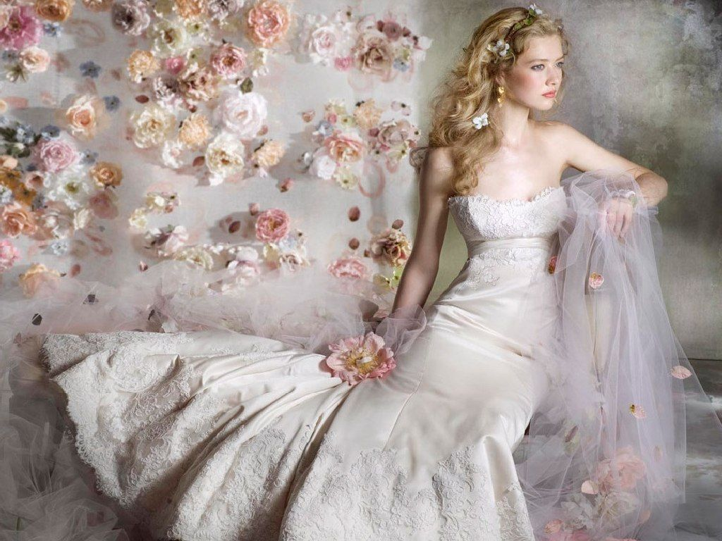Most Expensive Wedding Dress Ever | most expensive wedding dresses ...