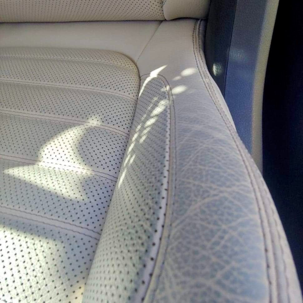 Swipe ➡️ to see real results! . Your leather seats seem old and tinted? . Send your pictures at 📲 (561) 403-9586 or 📩 bocaraton@fibrenew.com . #detailing #leatherrepair #restoration #leatherseats #cardetailing #autodetailing #leather #carcare #leatherwork #carlovers #interiorcleaning #bocaraton #westpalmbeach #southflorida #broward