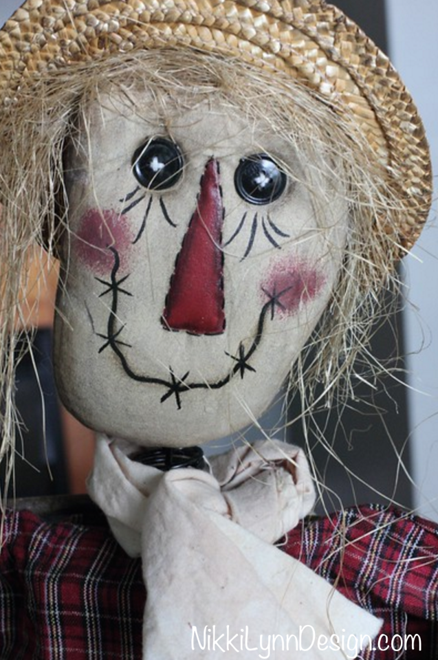 Scarecrow Fall Outdoor Decorating Ideas - One of my favorite things about scarecrows is they represent fall, and not Halloween. Scarecrows can take you from September right into November. Excellent for people like me that have time commitment issues.