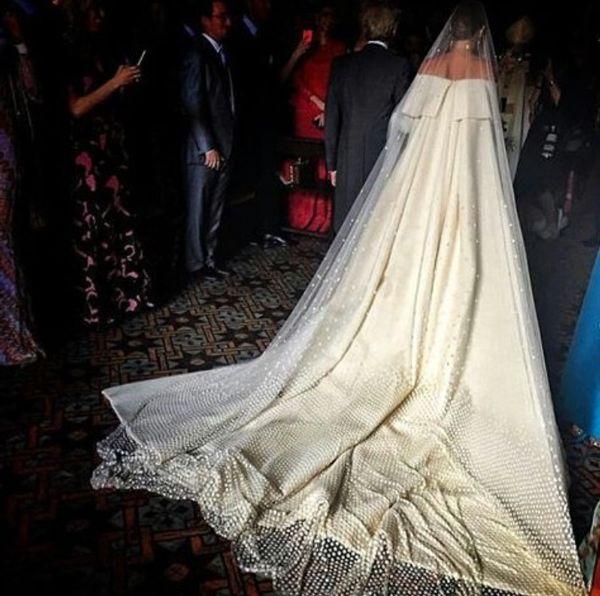 Pin Em Bridal