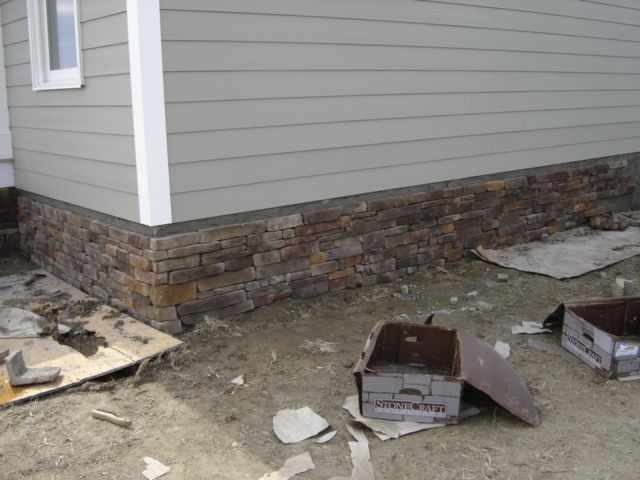 Foundation Flagstone Wall Covering Over Cinder Block It Looks More Cottage Than Brick Hides Cracks Bett Stone Front House Double Wide Home Cinder Block Walls