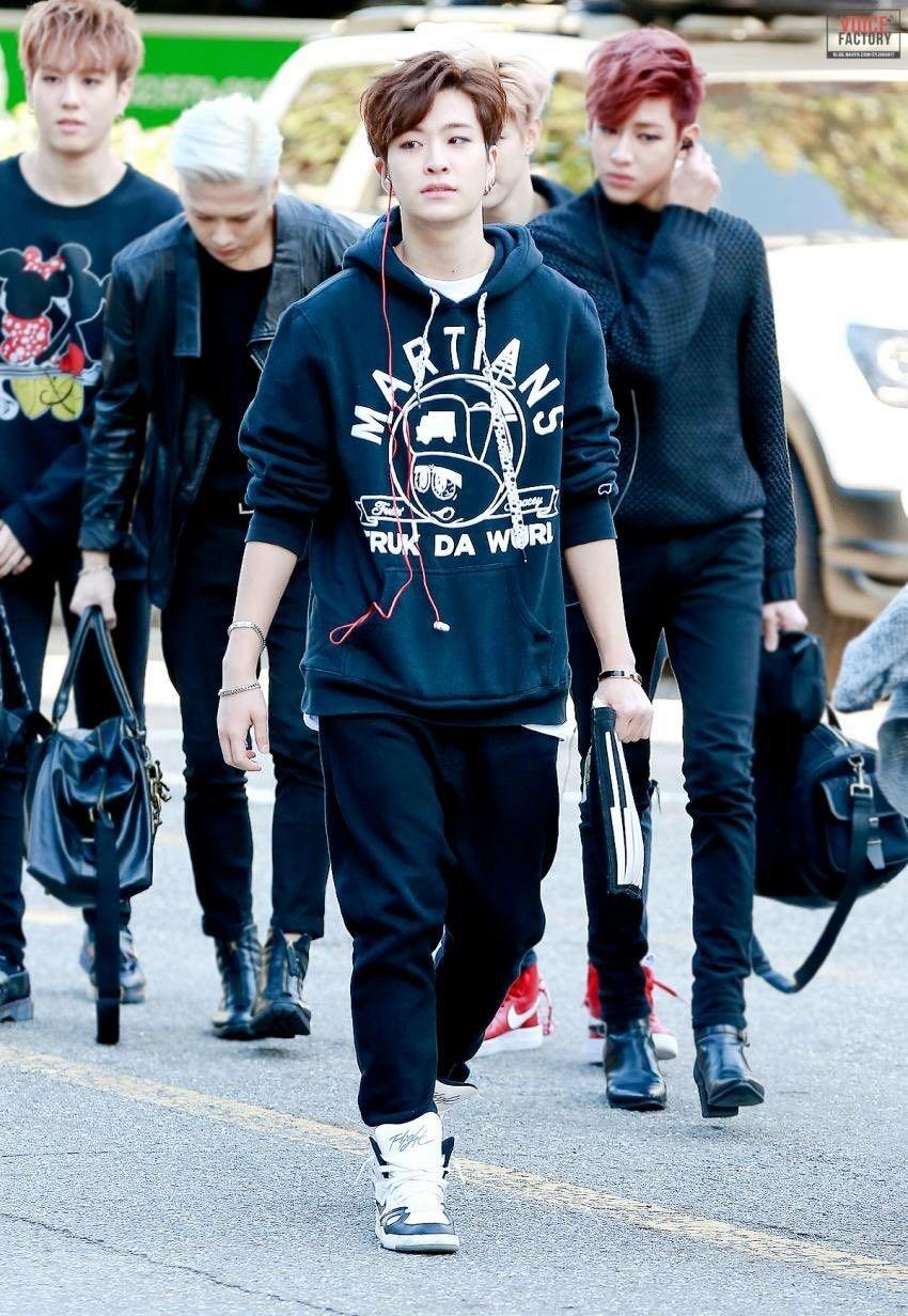 Pin de hale storm en cyj | Youngjae, Got7 y Kpop