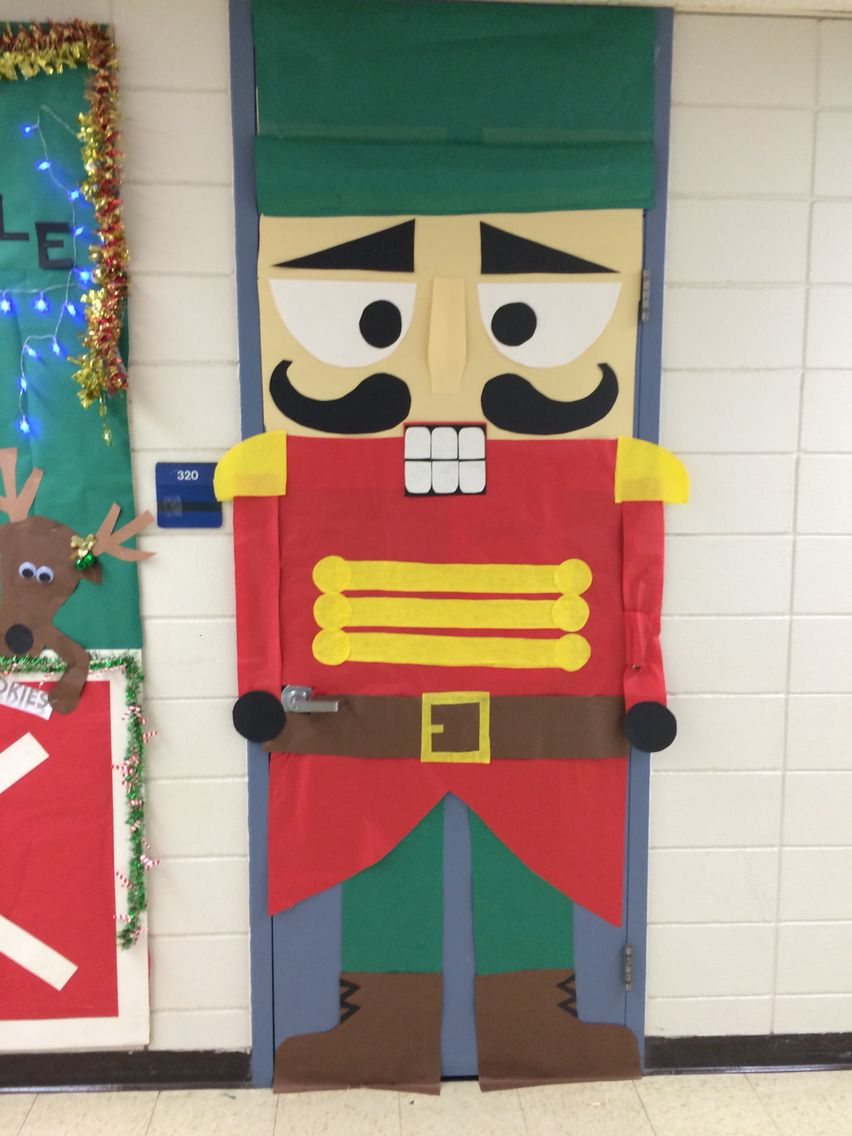 nutcracker door decoration