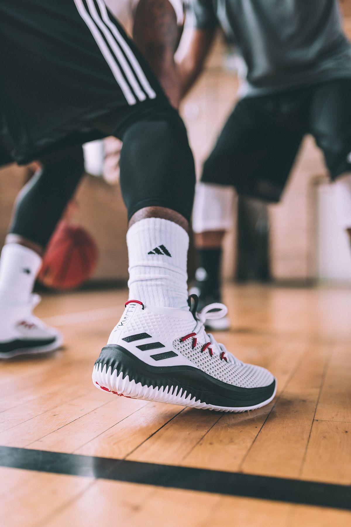 Adidas Basketball Damian Lillard Dame 4 Adidas Dame Adidas Adidas Sneakers