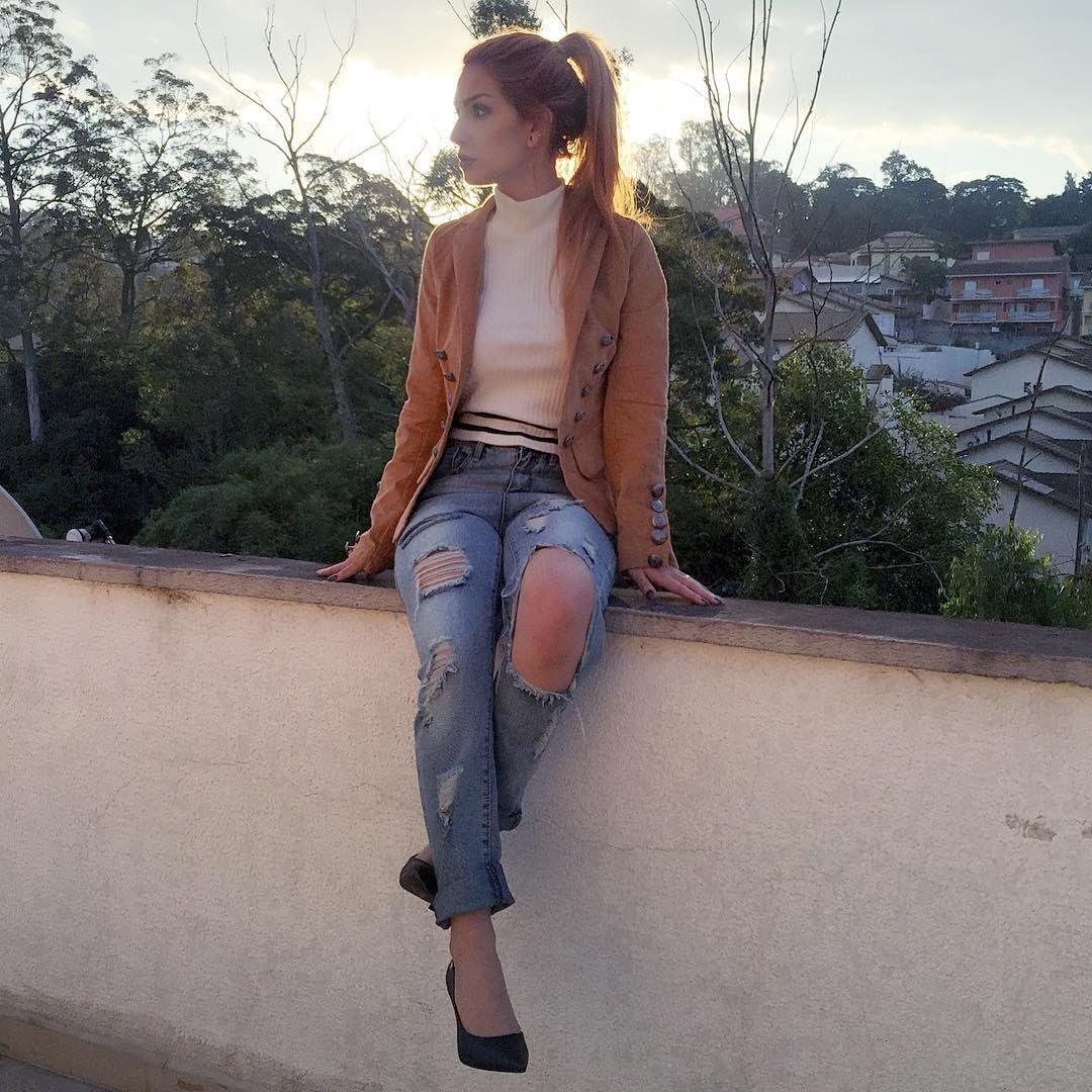 Fashion Blogger & YouTuber 👻 thelindsaywoods 💌 thelindsaywoods@outlook.com  💻 www.dieinpink.com 📪 caixa postal 854 cep 06709970