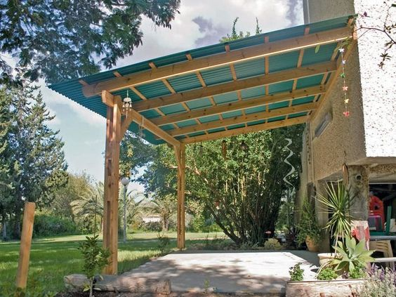 How To Build Sun Shelters With Polycarbonate Roof Attached To