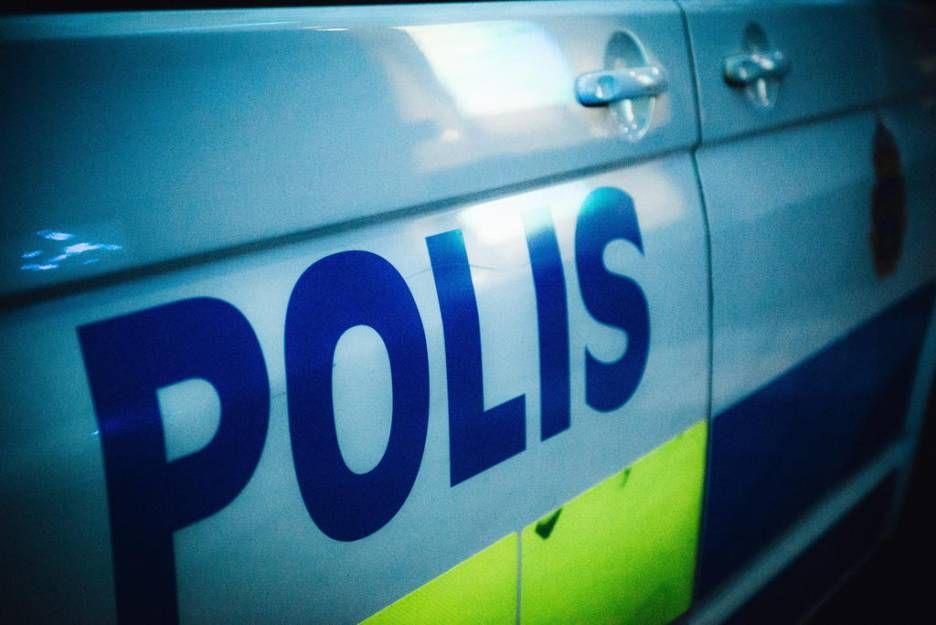 Gatubarn bakom rån på Södermalm.