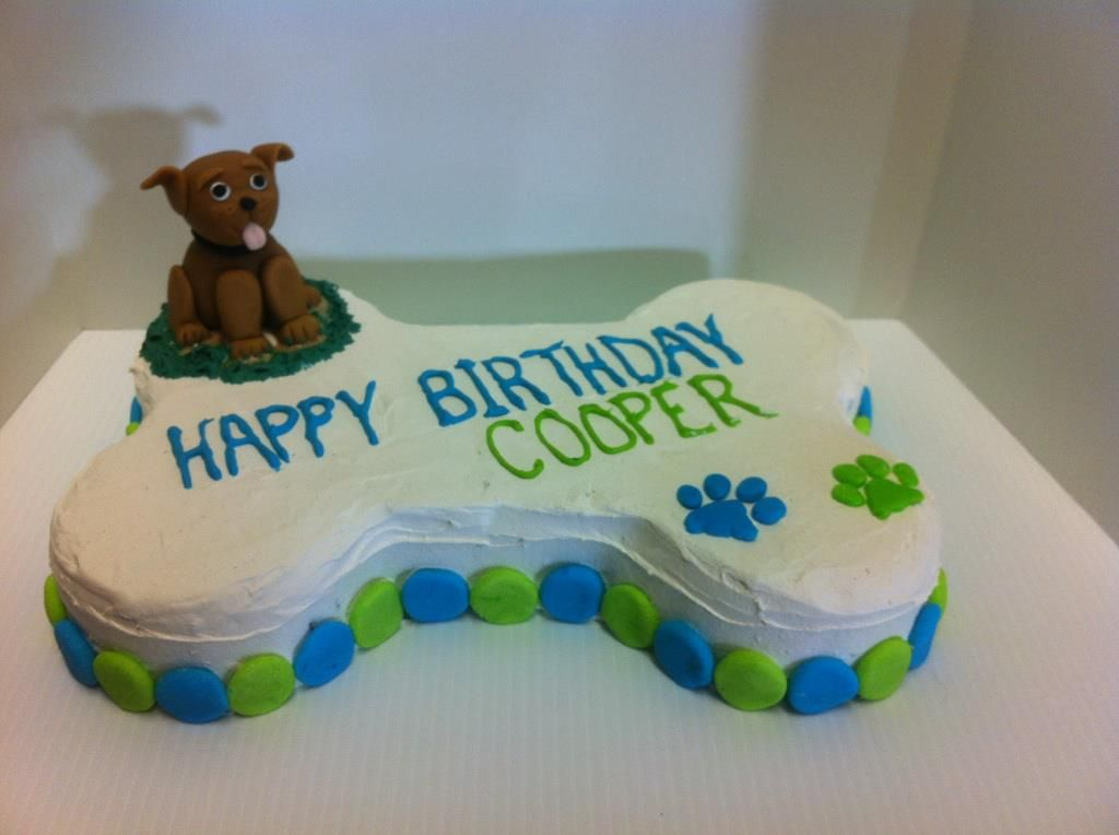 Dog Birthday Cake Decorated Using Fido S Frosting Baked