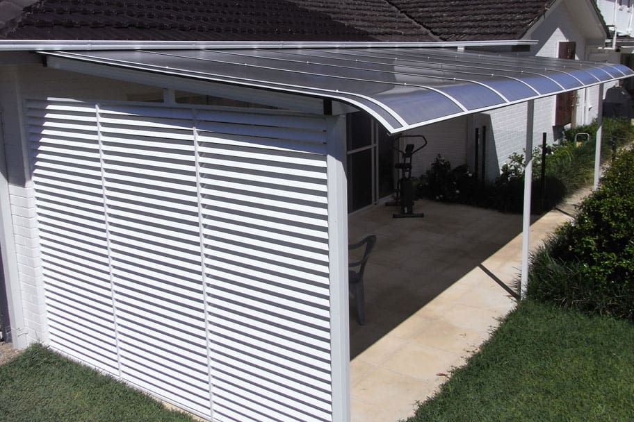 Creative Canvas Shade Solutions Northern Beaches Shade Sails Sydney In 2020 Diy Backyard Landscaping Privacy Screen Shade Sail