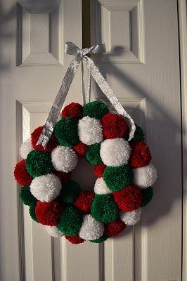 Princess Crafts: Christmas Make: Pom Pom Wreath - Tutorial