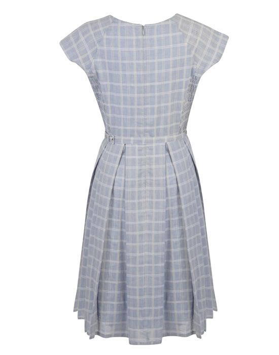 We are in love with this pretty Mary lightweight dress from Fever London.  Crafted from ef37b42571c13