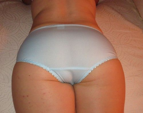 Round Ass In Panties