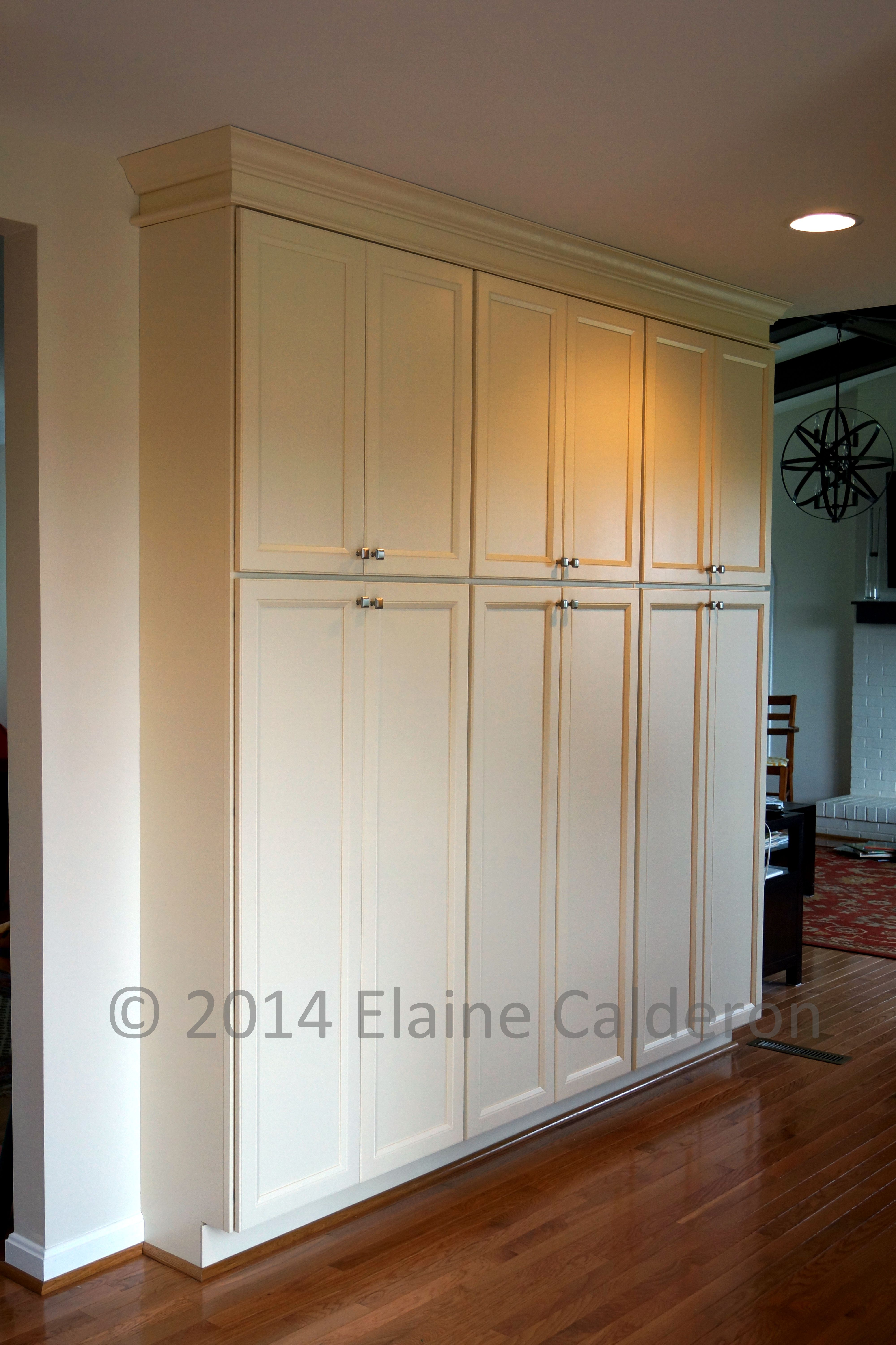 Medallion Silverline Cabinetry Fletcher Maple Full Overlay Door White Chocolate Classic Paint & Medallion Silverline Cabinetry Fletcher Maple Full Overlay Door ...