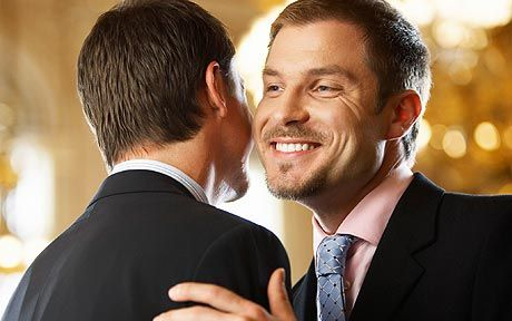 How french people greet each other imagenesmy cheek kiss french people cheek kiss to greet each other between family and friends jpg 460x288 m4hsunfo