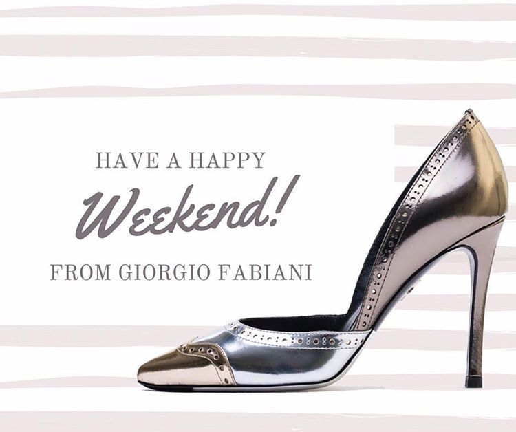Buon Weekend da @giorgio_fabiani_official  #gold #golden #girls #girl #befab #giorgiofabiani #heels #fashion #fashiongram #fashionista #glamour #style #glamstyle #glam