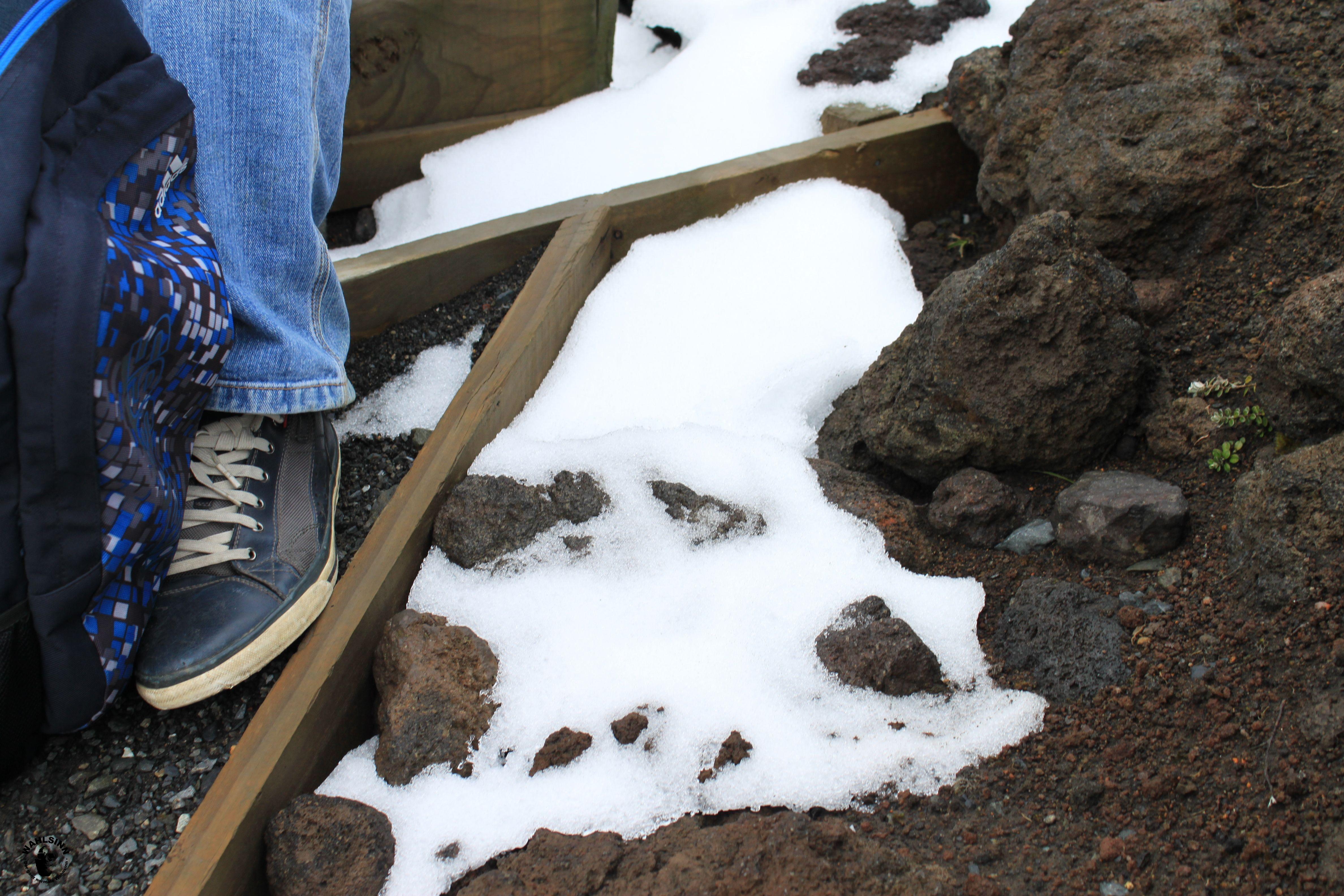 Schnee auf dem Weg zur Spitze von Mount Doom // Der Einsame Berg // Der Schicksalsberg (Neuseeland)