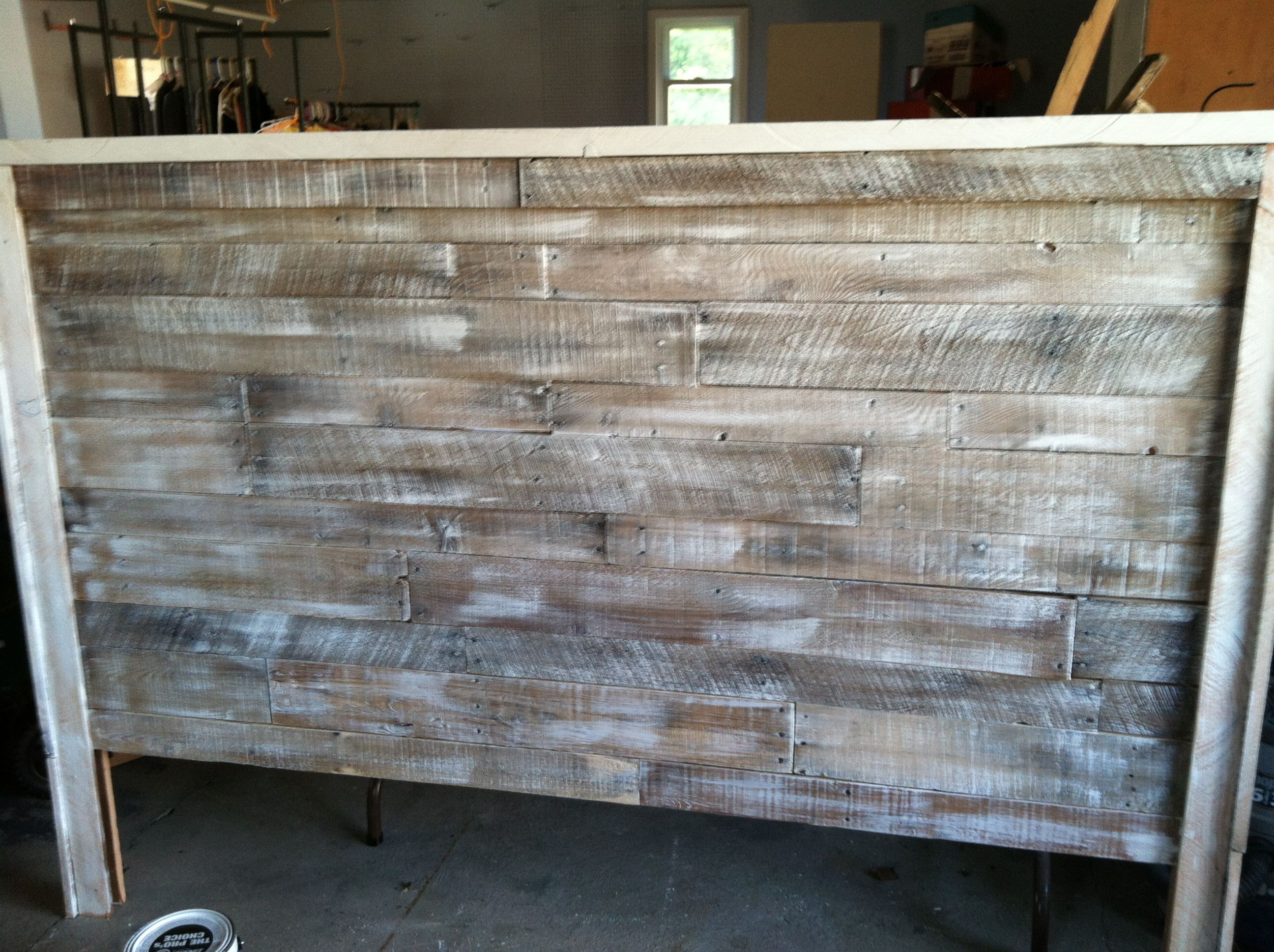plans unique amazing colored diy wood rustic natural pallet woodworking build bedroom dark elegant rug for loft fur pictures matching projects of sale bedding dit finished building flooring size amp white queen headboard full egorlin innovative headboards king designs handmade