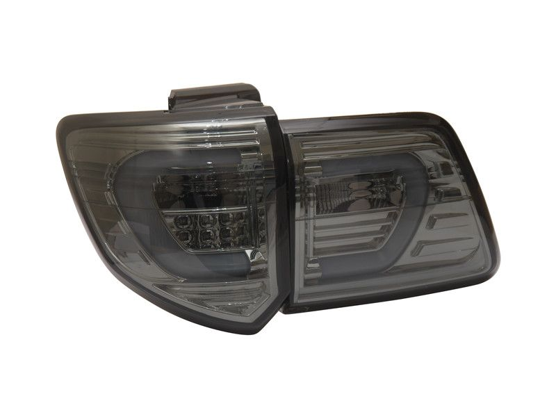 Free Shipping For Vland Factory Car Parts Rear Lamp For Toyota