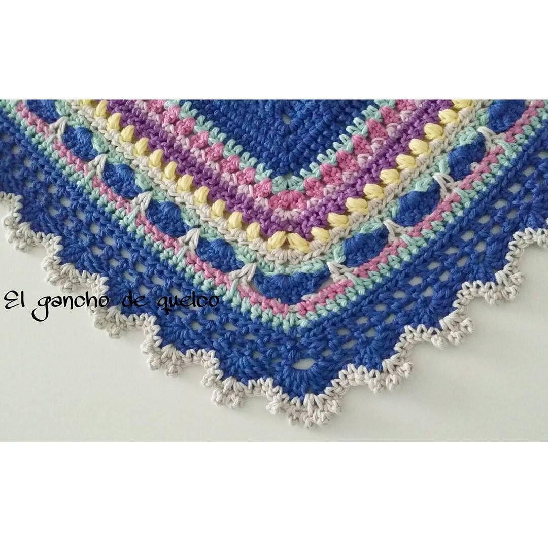 Me encanta #sundayshawls #sundayshawlenespañol #sundayshawl #hechoamano #artesanal #crochet #crochetshawl #diy #ganchillo #handmade #handmadewithlove #lovecrochet #tejeresmisuperpoder #chal #crocheting Gracias a @la_crocheteria por tu ayuda by el_gancho_de_quelco