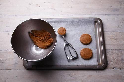 How to Make Your Own Speculoos Cookie Butter #cookiebutterpie