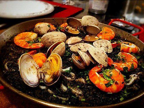 玻璃朱城: ( 墨汁) 西班牙海鮮焗飯食譜 (Squid Ink ) Seafood Paella recipe