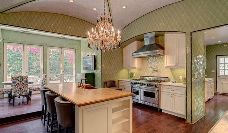 kirstie alley kitchen makeover | Kirstie alley, Kitchen ...