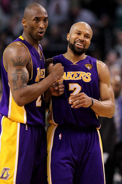 Kobe Bryant and Derek Fisher Photo - NBA Finals Game 3  Los Angeles Lakers  v Boston Celtics e8373ac72a65
