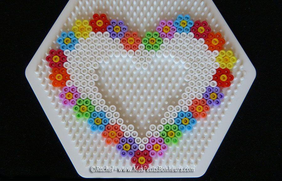 modele cadre photo coeur en perles a repasser hama pearls pinterest perler beads hama. Black Bedroom Furniture Sets. Home Design Ideas