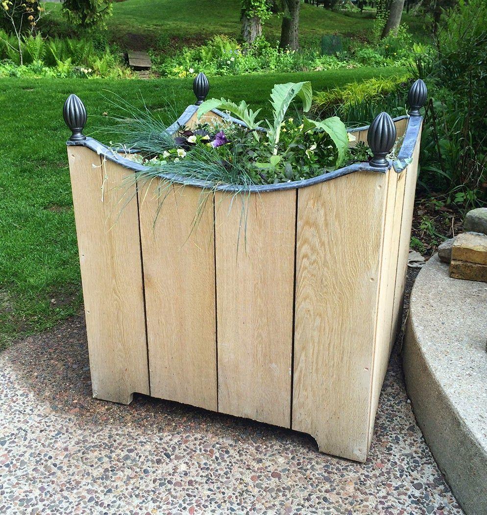 Jardinera de madera DIY con el ajuste leade