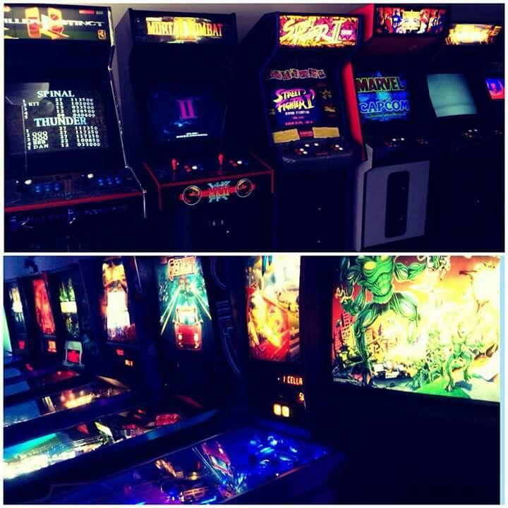 Neon Retro Arcade Arcade