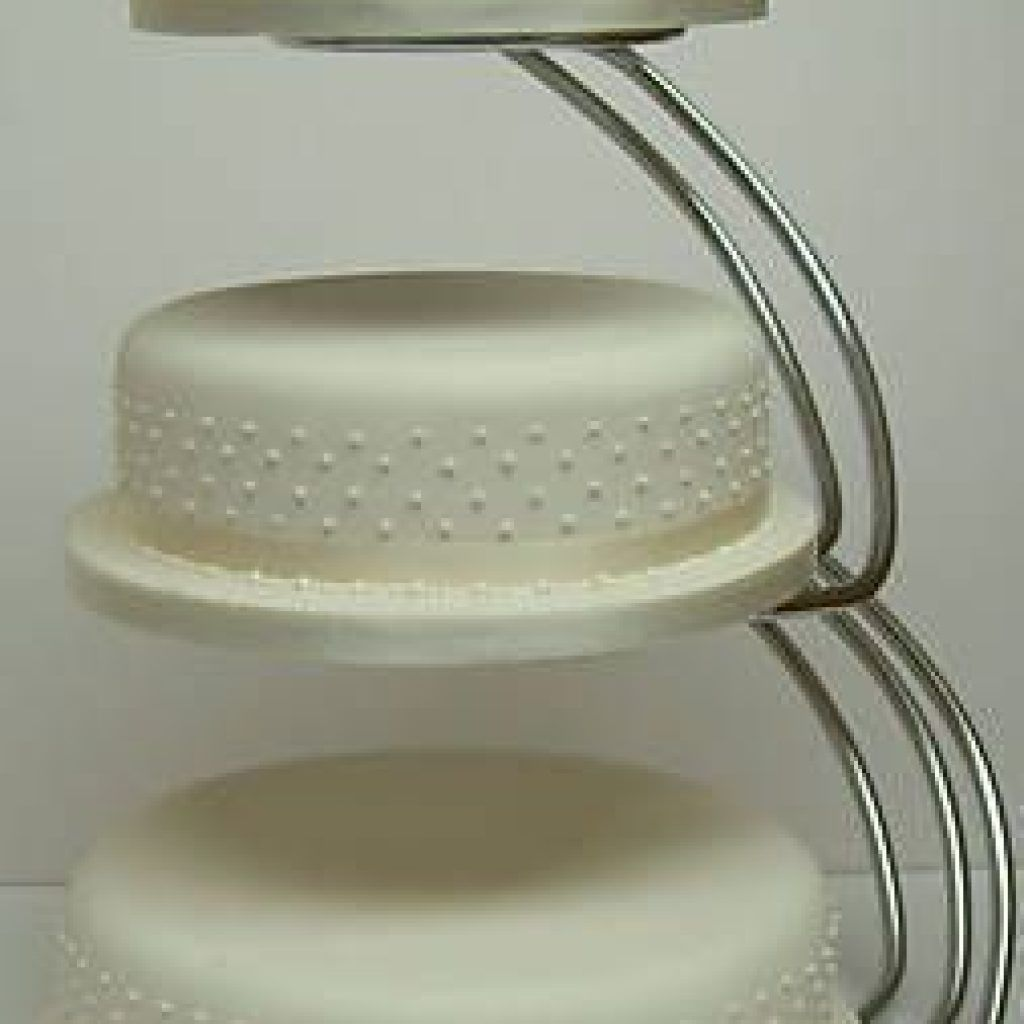 Floating Cake Stands On Sale, Floating Three Tier Cake Stand, Floating Tier  Wedding Cake, Hanging Cake For Wedding, Upside Down Wedding Cake, ...
