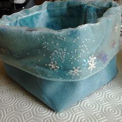 Frozen Style Fabric Basket