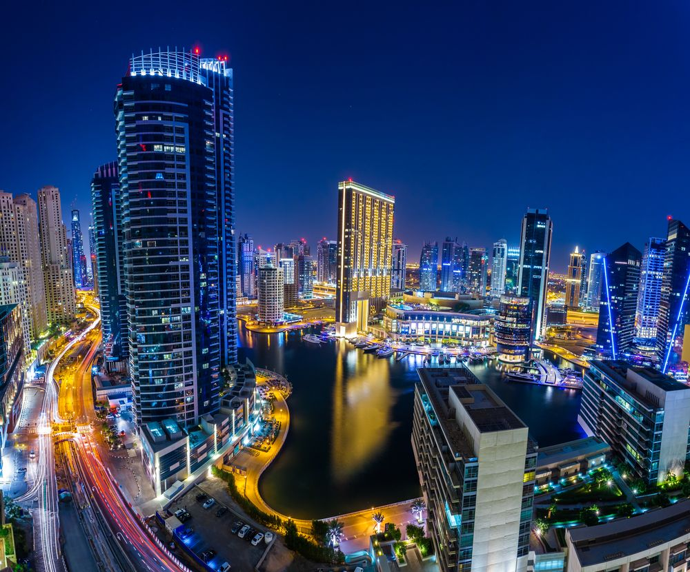 #dubaimarina by night #UAE #skyline  #Dubai #dxb #Marina #propertytraderae @PTraderae