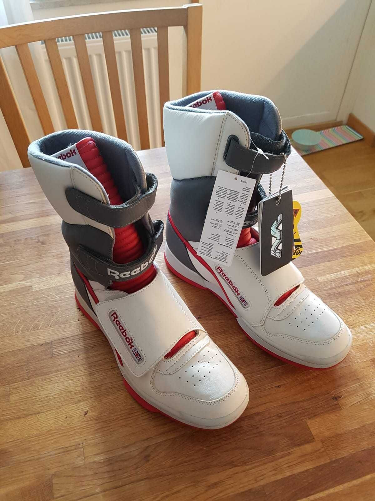 the latest 87dfe 397e5 Reebok Alien Stomper Hi. Find this Pin and more on Sneakers ...