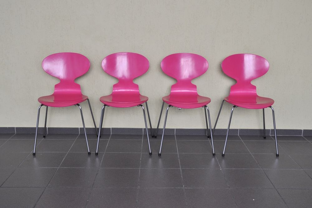 Ameise stuhl stunning cheap verkauft arne jacobsen stuhl for Arne jacobsen nachbau